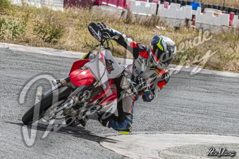 Super y Minimotard